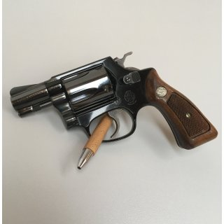 Smith and Wesson Airweight 38. Spec. CTG Model 37